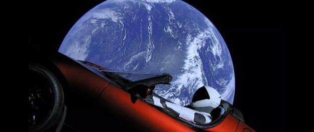 Science : faute de mode d'emploi, les extraterrestres renvoient le Tesla Roadster sur Terre