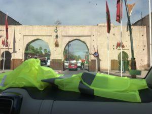 Maroc : un trafic de faux gilets jaunes démantelé au souk de Marrakech