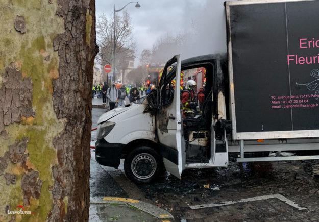 Food Truck : les Gilets Jaunes lancent le camion pizza au feu de moteur